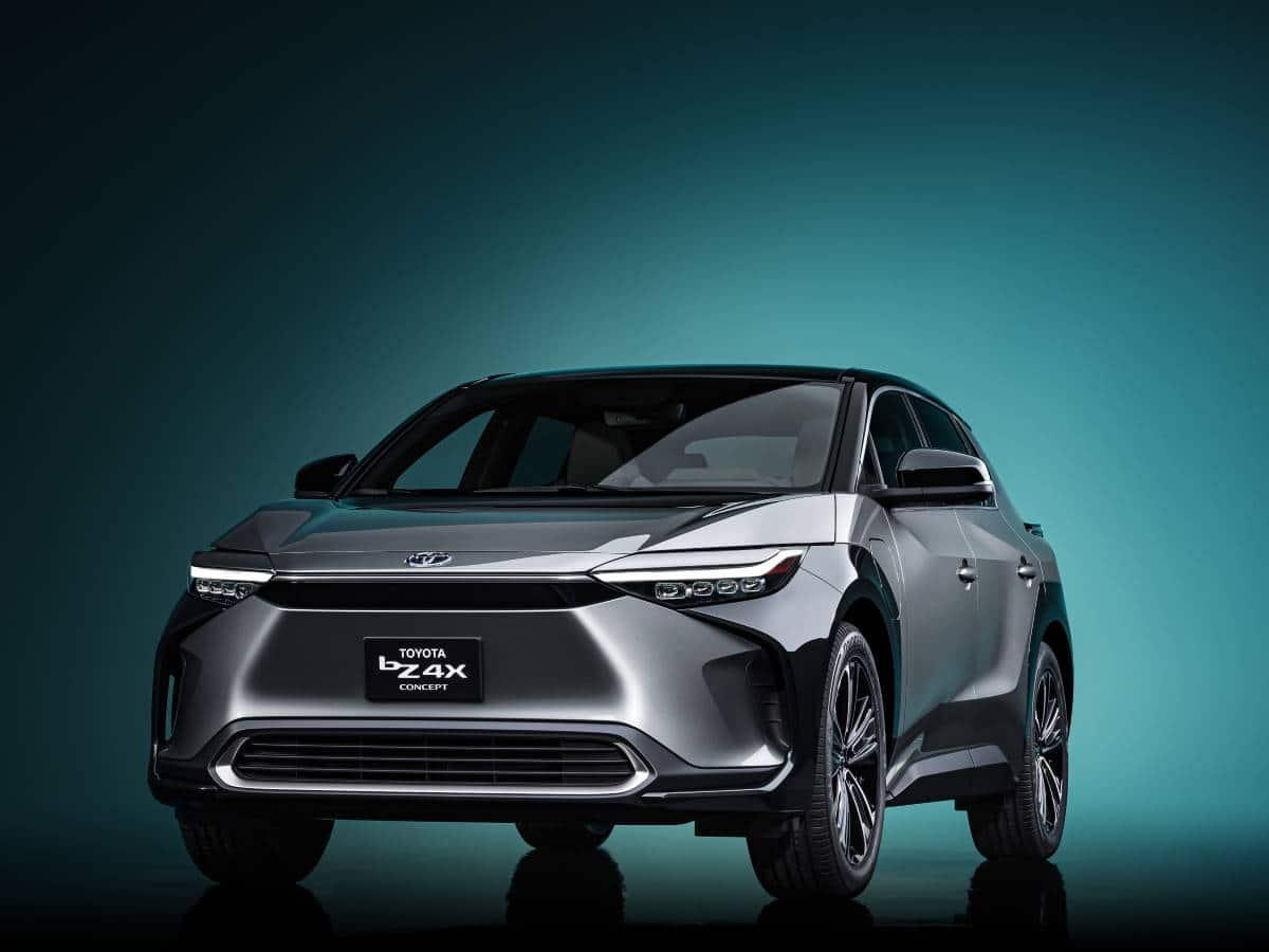 Toyota presentó el concepto bZ4X, un SUV totalmente eléctrico